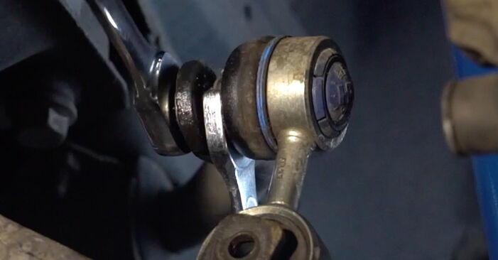 Koppelstange beim BMW 3 SERIES 318tds 1.7 1997 selber erneuern - DIY-Manual