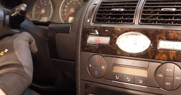 MONDEO III sedan (B4Y) ST220 3.0 2003 Filtr powietrza kabinowy instrukcje warsztatowe samodzielnej wymiany