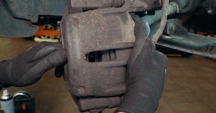 Austauschen Anleitung Radlager am Ford Mondeo mk3 Limousine 2002 2.0 TDCi selbst