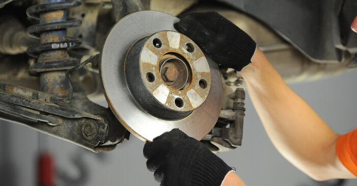 A4 Avant (8D5, B5) 1.8 T quattro 1997 Bremsscheiben - Wegleitung zum selbstständigen Teileersatz