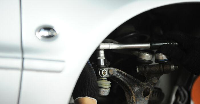 Tausch Tutorial Radlager am AUDI A4 Avant (8D5, B5) 1998 wechselt - Tipps und Tricks