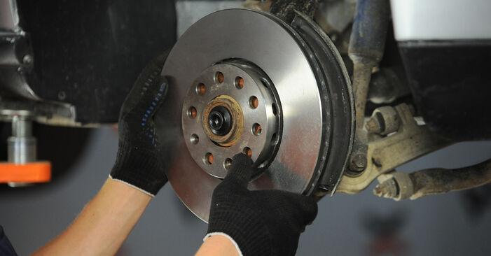 Wie schwer ist es, selbst zu reparieren: Radlager Audi A4 B5 Avant 2.5 TDI 2000 Tausch - Downloaden Sie sich illustrierte Anleitungen