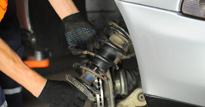 Cómo reemplazar Amortiguadores en un AUDI A4 Avant (8D5, B5) 1.9 TDI 1995 - manuales paso a paso y guías en video