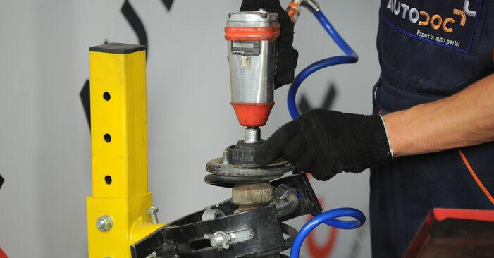 Cómo quitar Amortiguadores en un AUDI A4 1.8 T quattro 1998 - instrucciones online fáciles de seguir