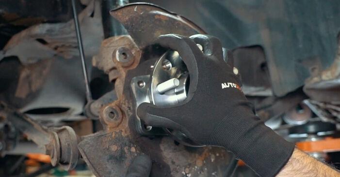 Kiek užtrunka keitimas: Ford Mondeo mk3 Sedanas 2000 Rato guolis - informatyvi PDF instrukcija
