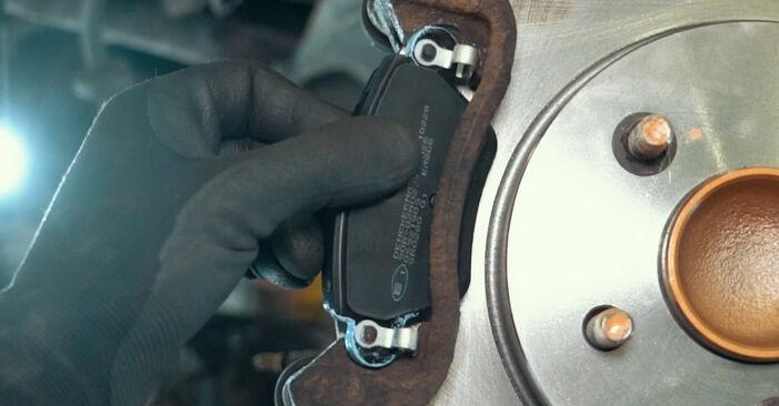 Kaip pakeisti Rato guolis FORD MONDEO III sedanas (B4Y) 2005: atsisiųskite PDF instrukciją ir vaizdo pamokas