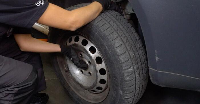 Wechseln Koppelstange am VW Caddy III Kastenwagen (2KA, 2KH, 2CA, 2CH) 2.0 TDI 4motion 2007 selber