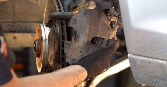 AUDI A4 1.9 TDI Tarcza hamulcowa wymiana: przewodniki online i samouczki wideo
