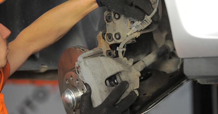 Pakāpeniski ieteikumi patstāvīgai Astra H Caravan 2006 1.4 (L35) Amortizators nomaiņai