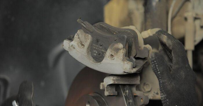 Austauschen Anleitung Bremsscheiben am Opel Astra H Caravan 2014 1.6 (L35) selbst