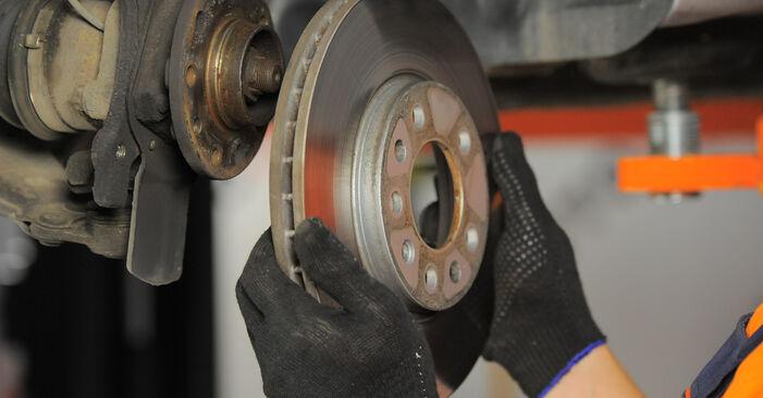 Bremsscheiben Opel Astra H Caravan 1.9 CDTI (L35) 2006 wechseln: Kostenlose Reparaturhandbücher