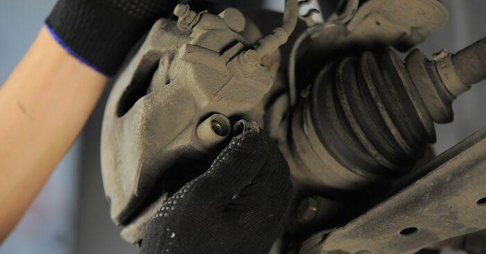 Bremsscheiben beim OPEL ASTRA 1.7 CDTI (L35) 2011 selber erneuern - DIY-Manual
