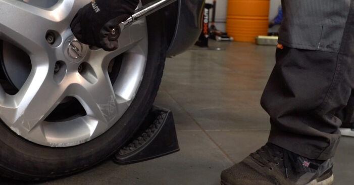 Austauschen Anleitung Bremsbeläge am Opel Astra H Caravan 2014 1.6 (L35) selbst