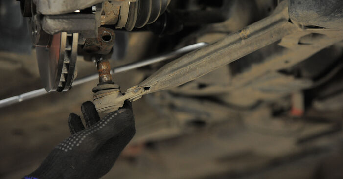 Astra H Caravan (A04) 1.4 (L35) 2004 Control Arm DIY replacement workshop manual