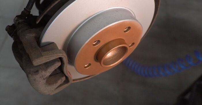 Смяна на Astra H Caravan 1.7 CDTI (L35) 2006 Спирачен диск: безплатни наръчници за ремонт