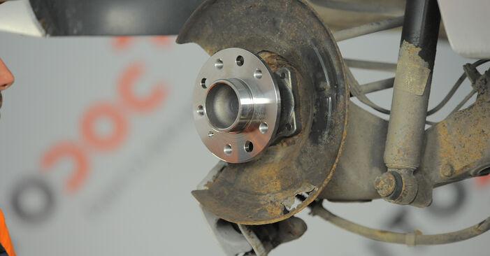 Astra H Caravan 1.7 CDTI (L35) 2006 Lozisko kola výměna: bezplatné návody z naší dílny