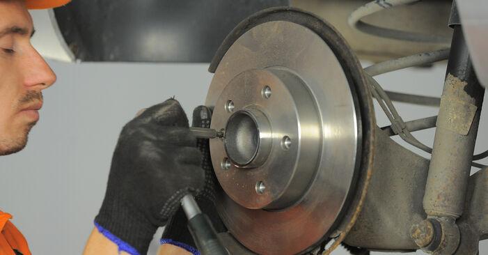Jaké náročné to je, pokud to budete chtít udělat sami: Lozisko kola výměna na autě Astra H Caravan 1.6 (L35) 2010 - stáhněte si ilustrovaný návod