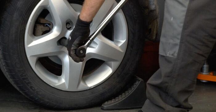 Podrobná doporučení pro svépomocnou výměnu Astra H Caravan 2006 1.4 (L35) Lozisko kola