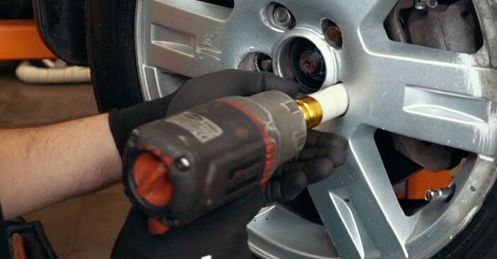 Kiek užtrunka keitimas: Ford Mondeo mk3 Sedanas 2000 Amortizatoriaus Atraminis Guolis - informatyvi PDF instrukcija