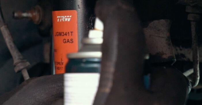 Kaip pakeisti FORD MONDEO III sedanas (B4Y) 2004 Amortizatoriaus Atraminis Guolis - patarimai ir gudrybės