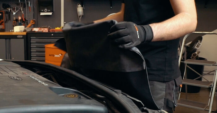 Stoßdämpfer Ihres Ford Mondeo mk3 Limousine 1.8 SCi 2000 selbst Wechsel - Gratis Tutorial