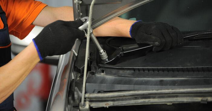 MERCEDES-BENZ VITO 115 CDI 2.2 Stoßdämpfer ausbauen: Anweisungen und Video-Tutorials online