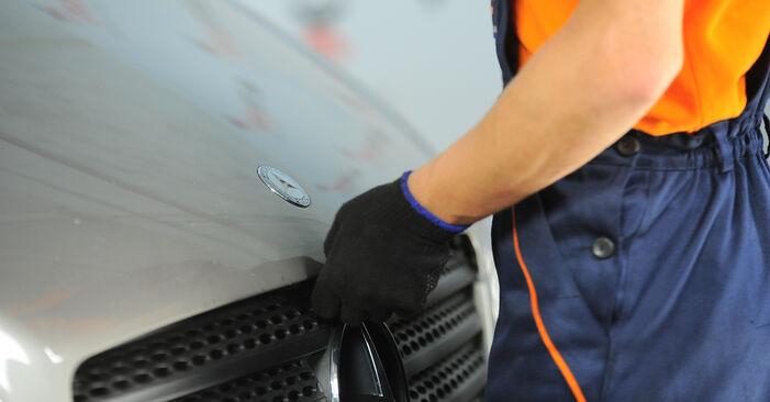 MERCEDES-BENZ VITO 115 CDI 2.2 Bremsbeläge ausbauen: Anweisungen und Video-Tutorials online