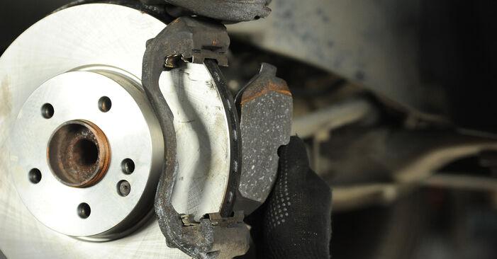 VITO Bus (W639) 116 CDI 2.2 2014 Brake Discs DIY replacement workshop manual