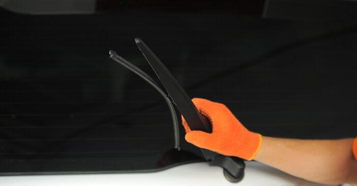 Wie Scheibenwischer VOLVO XC90 I (275) 2.5 T AWD 2000 austauschen - Schrittweise Handbücher und Videoanleitungen
