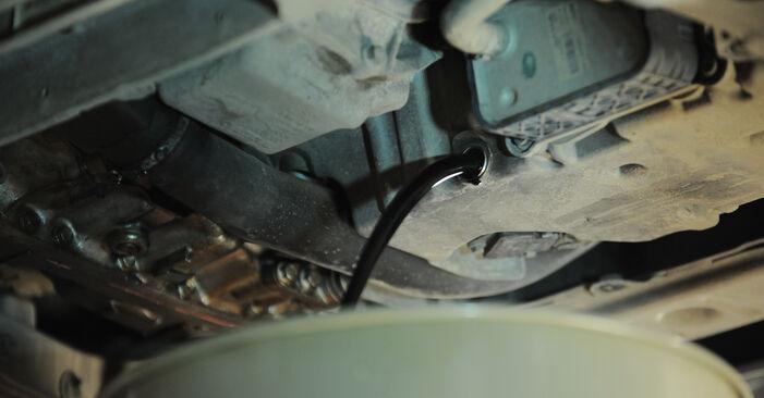 Wechseln Ölfilter am VOLVO XC90 I (275) 4.4 V8 2005 selber