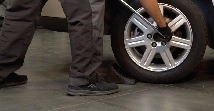 Bremsscheiben Volvo XC90 1 2.9 T6 2004 wechseln: Kostenlose Reparaturhandbücher