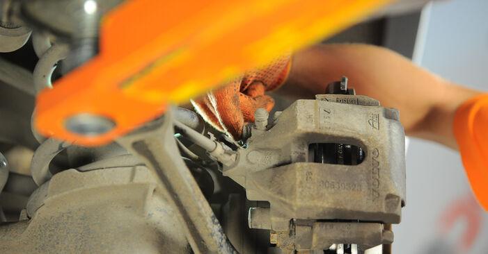 Tausch Tutorial Bremsscheiben am VOLVO XC90 I (275) 2014 wechselt - Tipps und Tricks