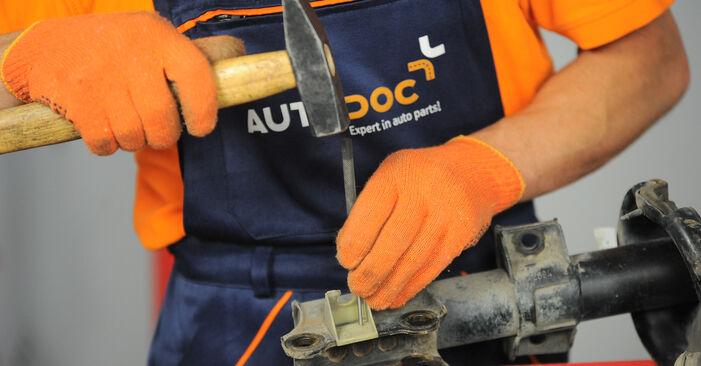 Austauschen Anleitung Stoßdämpfer am Volvo XC90 1 2012 2.4 D5 selbst