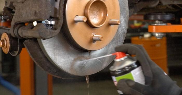 Wie FORD MONDEO ST220 3.0 2004 Bremsbeläge ausbauen - Einfach zu verstehende Anleitungen online