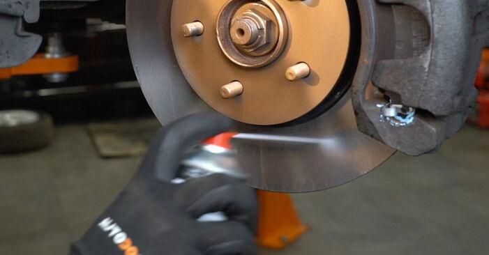 FORD MONDEO 2.0 TDCi Bremsscheiben ausbauen: Anweisungen und Video-Tutorials online