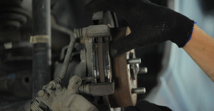 HONDA JAZZ 1.5 iDSi (GD3) Radlager ausbauen: Anweisungen und Video-Tutorials online