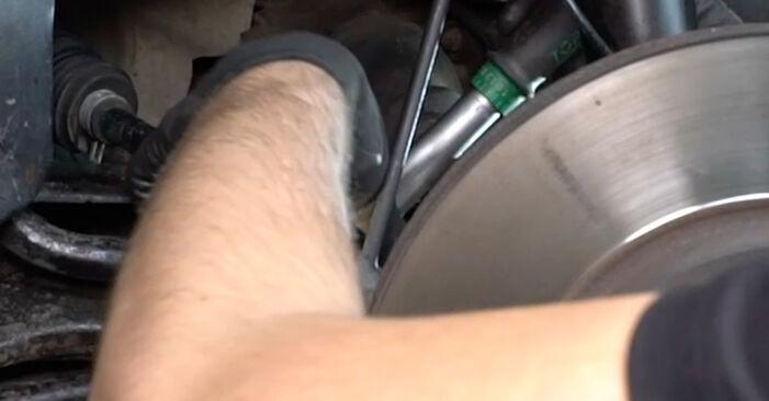 Kaip pakeisti FORD MONDEO III sedanas (B4Y) 2004 Pasukimo trauklė - patarimai ir gudrybės