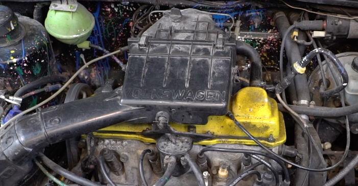 Kühler am VW GOLF II (19E, 1G1) 1.8 i Cat 1988 wechseln – Laden Sie sich PDF-Handbücher und Videoanleitungen herunter