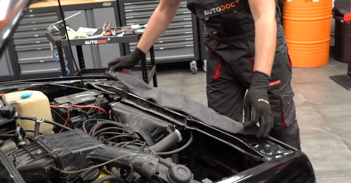 Kühler beim VW GOLF 1.8 GTI G60 1990 selber erneuern - DIY-Manual