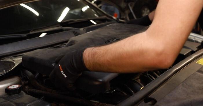 Zündkabel Ford Mondeo mk3 Limousine 2.0 16V TDDi / TDCi 2002 wechseln: Kostenlose Reparaturhandbücher