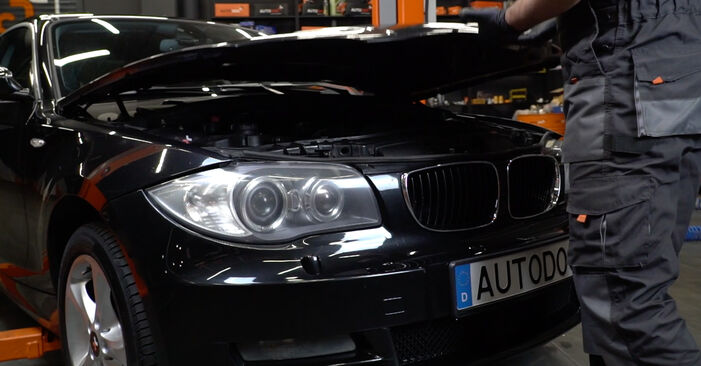 How to change Pollen Filter on BMW E82 2006 - free PDF and video manuals