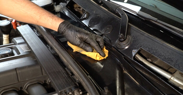 Changing of Pollen Filter on BMW E82 2006 won't be an issue if you follow this illustrated step-by-step guide