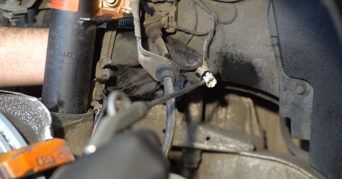 BMW 1 SERIES 123d 2.0 Susidėvėjimo indikatorius, stabdžių trinkelės keitimas: internetiniai gidai ir vaizdo pamokos