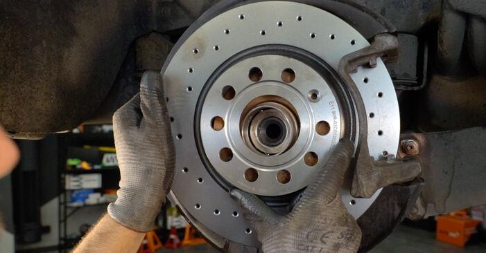 Ako vymeniť Lozisko kolesa na VW Passat Variant (3C5) 2010: stiahnite si PDF návody a video inštrukcie.