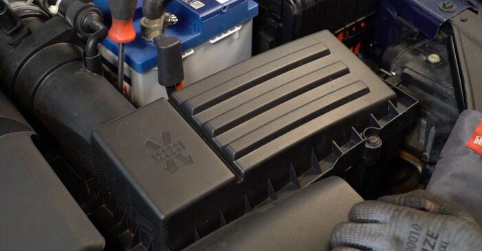 Luftfilter Passat B6 1.9 TDI 2007 wechseln: Kostenlose Reparaturhandbücher