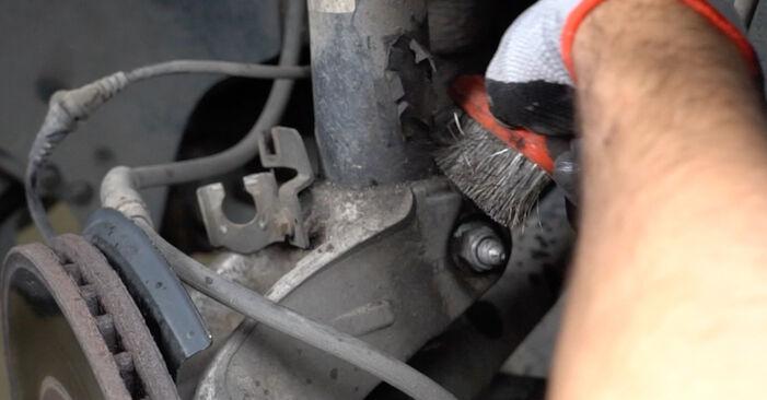 Stoßdämpfer Passat B6 Variant 1.9 TDI 2007 wechseln: Kostenlose Reparaturhandbücher