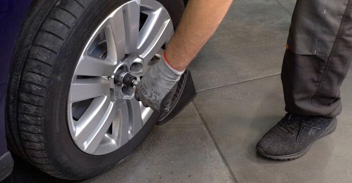 Zweckdienliche Tipps zum Austausch von Stoßdämpfer beim VW Passat Variant (3C5) 1.9 TDI 2005