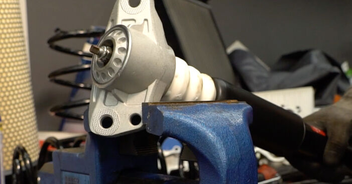 Schritt-für-Schritt-Anleitung zum selbstständigen Wechsel von Passat B6 2006 2.0 TDI 4motion Stoßdämpfer