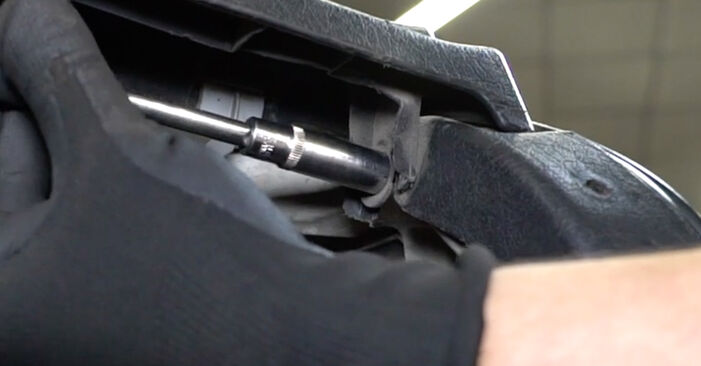 Stoßdämpfer Golf 3 1.8 1993 wechseln: Kostenlose Reparaturhandbücher