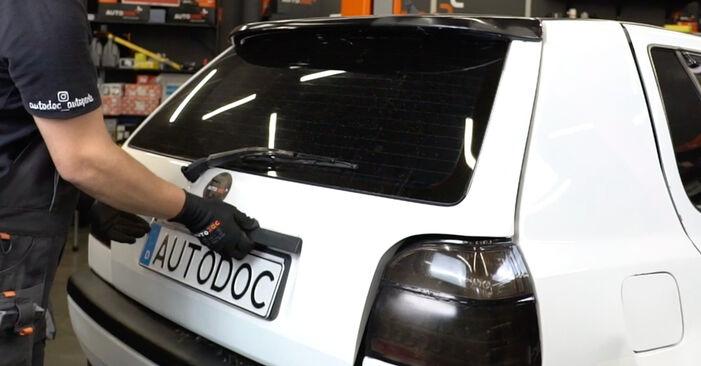 VW GOLF 2.0 Stoßdämpfer ausbauen: Anweisungen und Video-Tutorials online